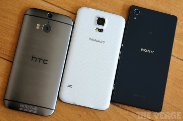 Xperia-Z2-vs-GS5-and-HTC-One-M8_2-640x424