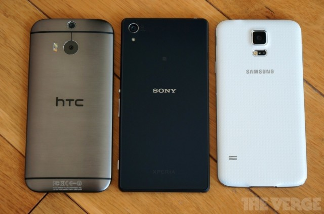 Xperia-Z2-vs-GS5-and-HTC-One-M8_4-640x424