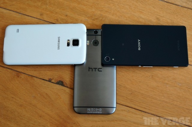 Xperia-Z2-vs-GS5-and-HTC-One-M8_5-640x424