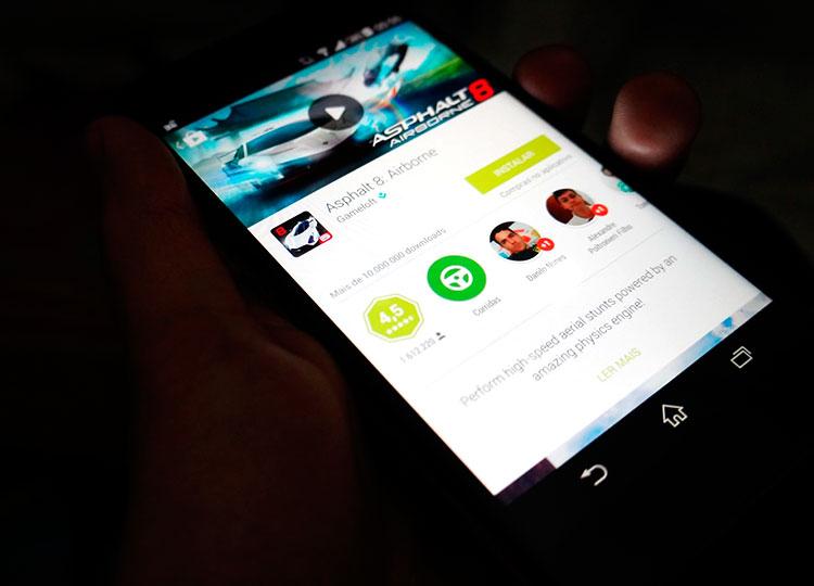 Baixe a nova Google Play Store com seu visual remodelado!