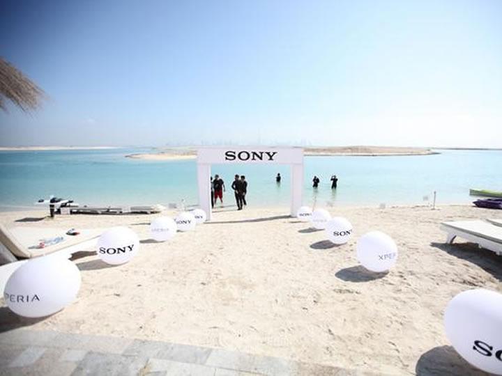 Imagens revelam a bela loja subaquática da Sony.